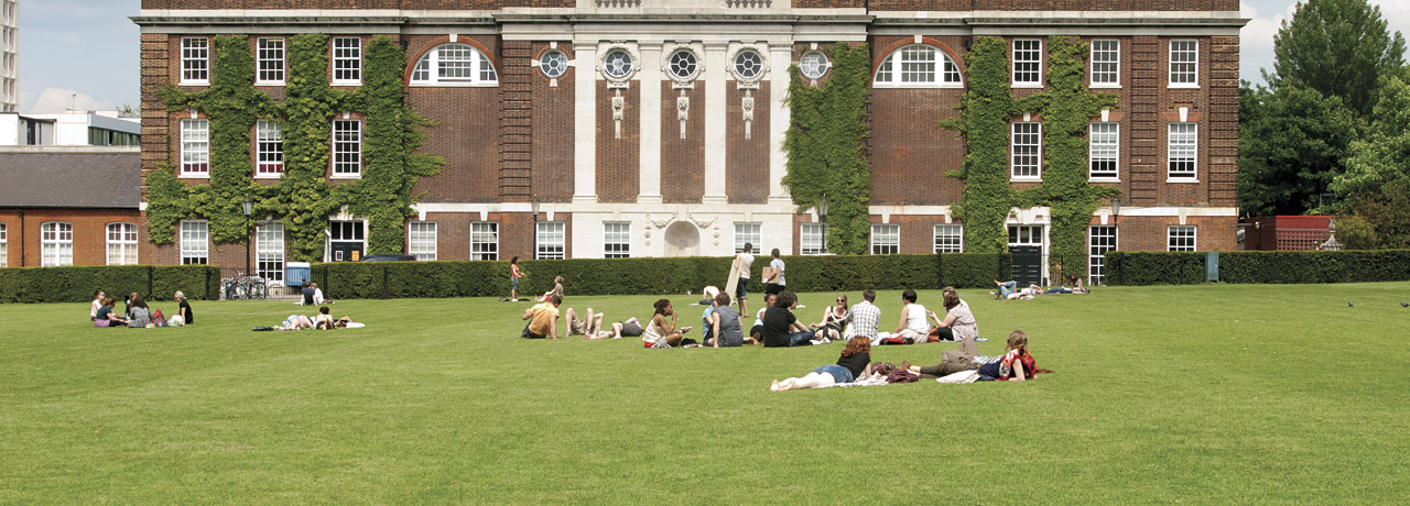 the university of london essay The university of richmond is a highly ranked liberal arts university offering an extraordinary combination of the liberal arts with law, business, leadership studies, and continuing education.