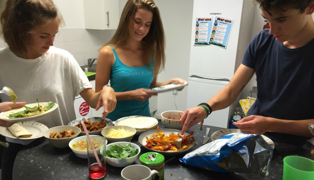 Chloe freshers' week diary - flat group meal