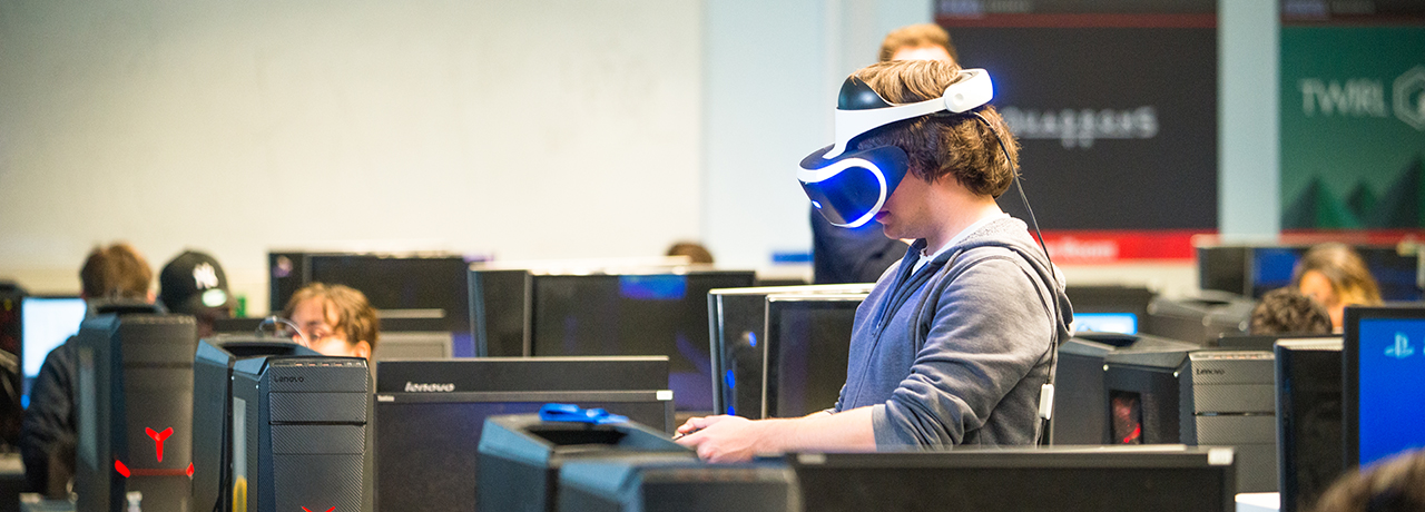 Student testing game in virtual reality laboratory | Kingston University